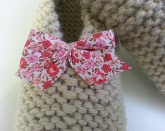 Booties T 33.38 accented with a liberty bow knot