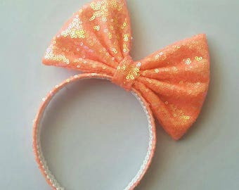 Coral oversized bow
