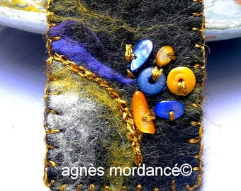 "Brooch felted wool ""Tender is the night"" - creating textile Merino beads - unique"