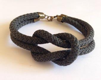 Bracelet noeud marin gris foncé