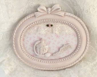 """Pink distressed frame """"theme beauty"""""""