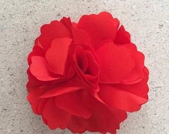 barette pince a fleur rouge