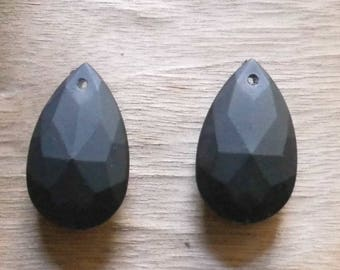 set of 2 charms drops carved 40mm black diamond