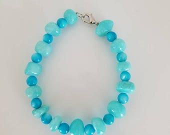 beaded bracelet, beaded jewelry, blue bracelet, natural shell bracelet, turquoise bead bracelet, women's bracelet, gift for her, gift
