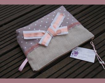 """""""belle au naturel"""" make-up bag in coated linen"""