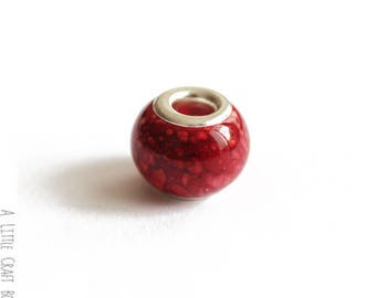 2 CHARMs marbled - red glass beads