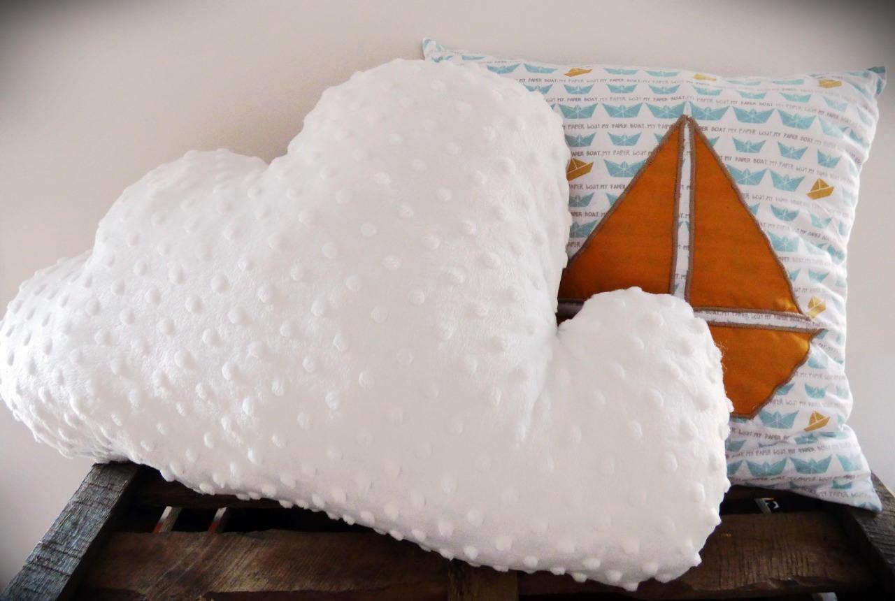 Coussin forme nuage double face en coton et velours tout doux - Coussin en forme de nuage ...