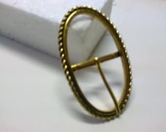 Oval Loop brass passage 2.8 cm * BO128 *.