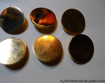 6 antique buttons