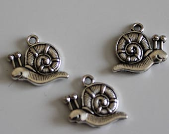 set of 3 charms 17 mm X 16 mm silver snail charms