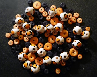 Round wooden leopard and Brown beads lot of 68 pieces