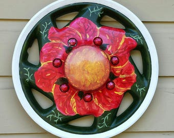 Red Flower Hubcap