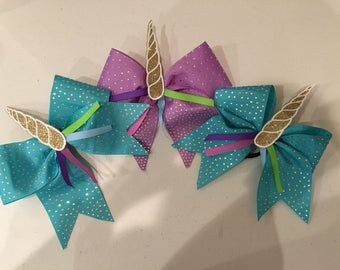 Unicorn Bow 5% off (Bow of the month)