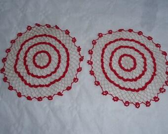 Sets of 2 doilies crochet manually