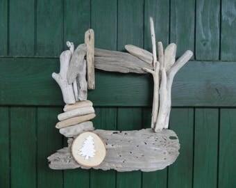 Couronne de noel en bois et d co blanche for Couronne de noel bois flotte