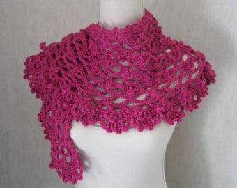Shawl Crescent Moon, creating crocheted Fuchsia color, pattern only