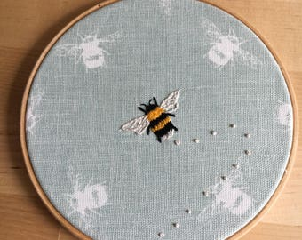 6 inch Single bee embroidery hoop.