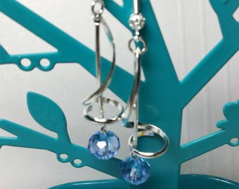 Earrings swarovski crystal light blue spirals