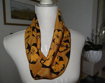 Silk Haute Couture black and mustard Snood