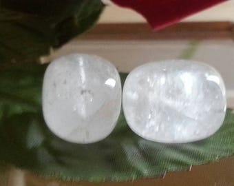 Crystal Pearl rock 22 x 15 mm in diameter, 1 mm hole
