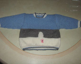 Hand knit sweater baby mouse 3 months.
