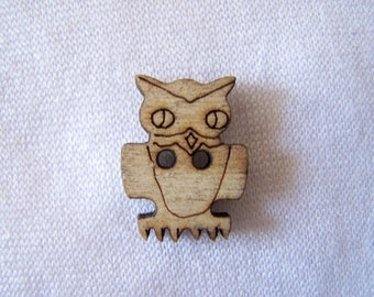 Wood burned, button in the shape of OWL (BB-264)