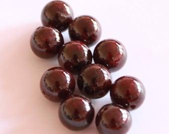 Black 12 mm, set of 5 red garnet stone beads