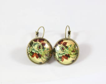 Earring cabochon, brass and glass