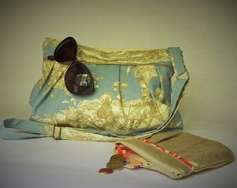 """Bag """"Pigeon"""", toile de jouy, lined and quilted, French toile de jouy."""