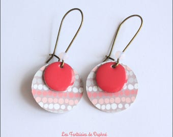 Earrings pink and gray graphic print