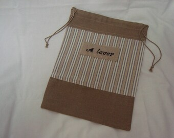 """travel pouch embroidered """"Washing"""" on canvas striped and dark beige"""