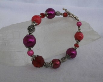 Bracelet fancy shades of pink red