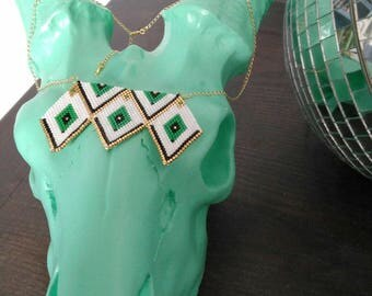 Graphic necklace with miyuki beads