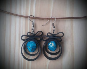 Room recycled bike tube and acrylic bead - blue earrings