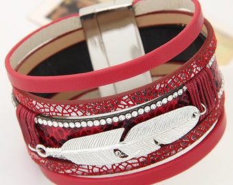 Beautiful Cuff Bracelet feather red magnetic clasp