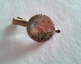 1 'white flowers' cabochon - fancy hair clip