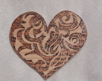Magnet wooden hand made heart