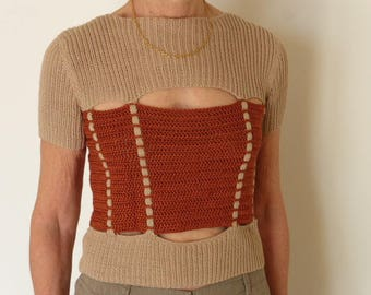 Very original two-tone short sleeved SWEATER Twine and rust