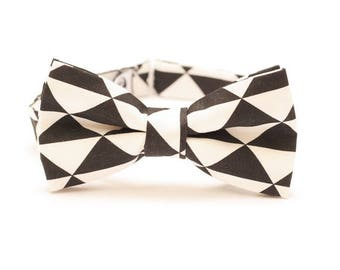 Contrasting Bow Tie