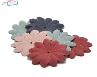 10 flowers in faux leather (suede) 58 mm, assorted color