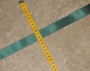 1 meter Ribbon green satin width 25 mm