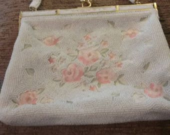 Vintage beaded purse with flowers
