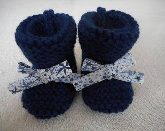 Navy baby booties with his little knot liberty adeladja blue.