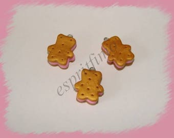 "Charm ""Strawberry cookie biscuit bear"" in fimo"