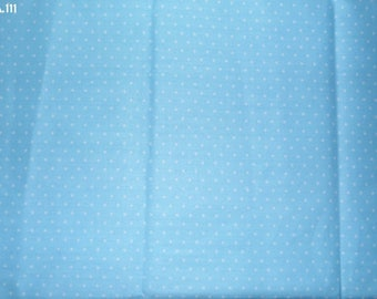 A111 white dots on light blue background fabric coupon 35x50cm