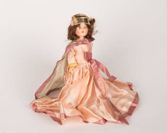 Queen Elizabeth Coronation Doll
