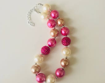 Hot Pink chunky bead necklace for girls , pearly princess necklace , children photo props jewelry , baby girl neck jewels , birthday girl