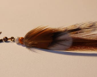 Single earring, mi long natural feathers