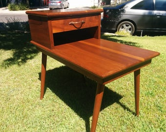 Mid Century 2 Tier End Table