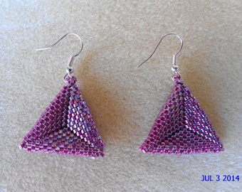 Fancy triangular peyote earrings raspberry